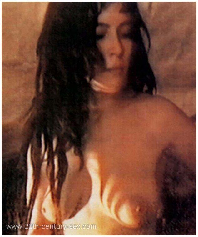 Ashley tisdale naked tits